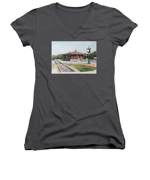Montezuma Train Depot Women's V-Neck T-Shirt