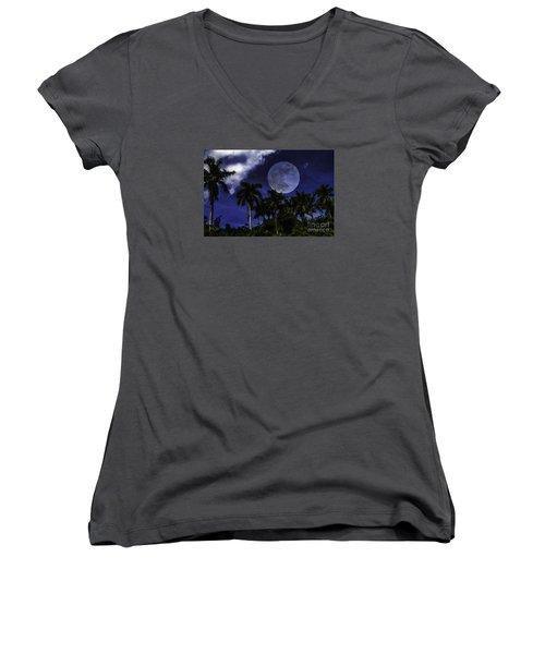 Moon Over Belize Women's V-Neck T-Shirt (Junior Cut)