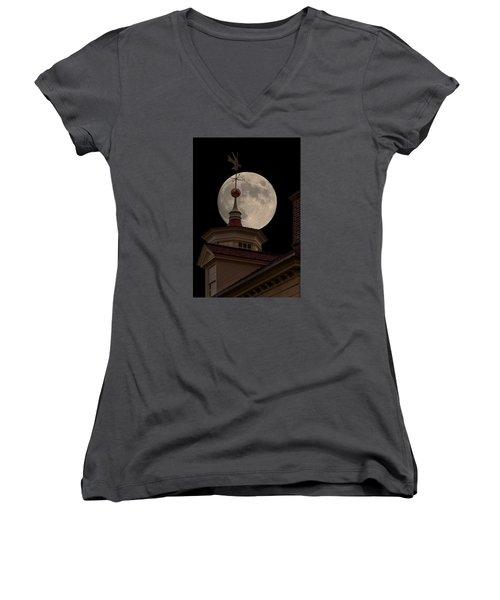 Moon Over Mount Vernon Women's V-Neck T-Shirt (Junior Cut) by Ed Clark