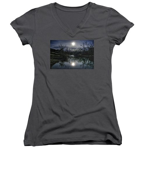 Women's V-Neck featuring the photograph Moon Over Sand Creek by Fiskr Larsen