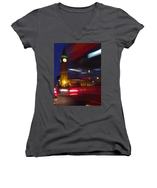 Motion Women's V-Neck