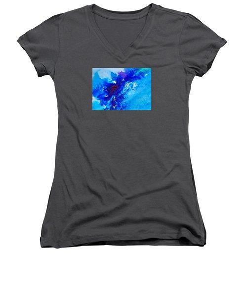 Motu Arutua Women's V-Neck T-Shirt (Junior Cut) by Ed  Heaton