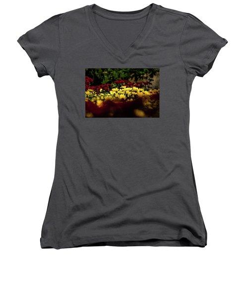Mums Women's V-Neck T-Shirt (Junior Cut) by Jay Stockhaus