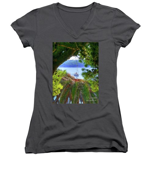 Nature Framed Boat Women's V-Neck