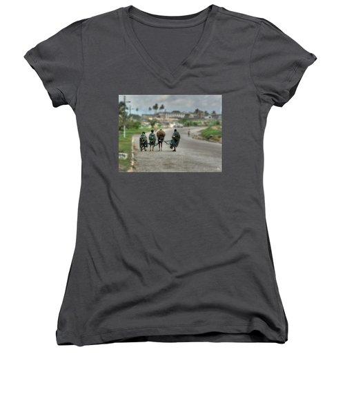 Net Boys Women's V-Neck T-Shirt