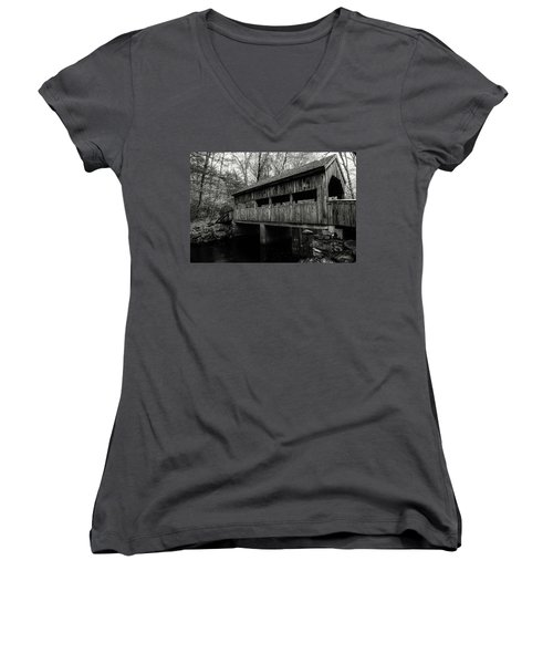New England Covered Bridge Women's V-Neck