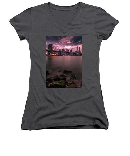 New York City Brooklyn Bridge Sunset Women's V-Neck