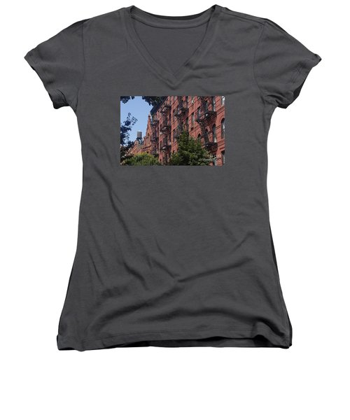 Women's V-Neck featuring the photograph New York Soho by Juergen Held