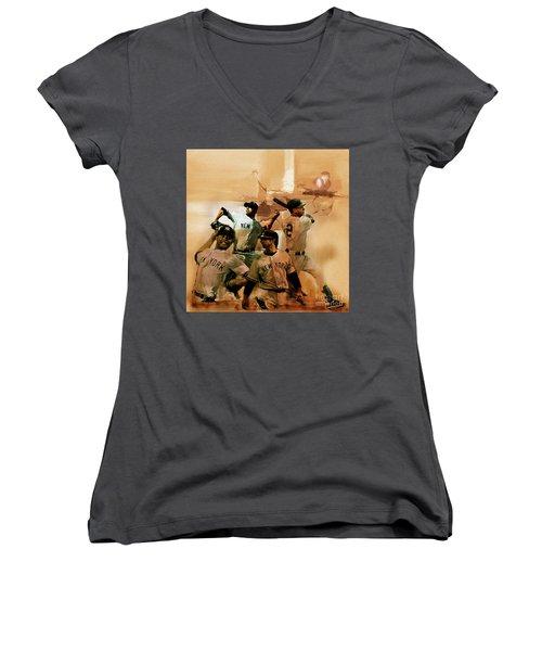New York Yankees  Women's V-Neck T-Shirt
