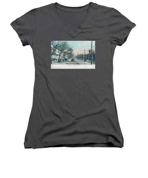 Newburgh Broadway - 04 Women's V-Neck (Athletic Fit)