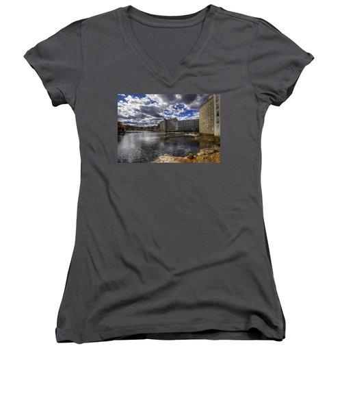 Newmarket Nh Women's V-Neck T-Shirt