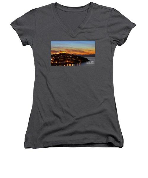 Newquay Harbor At Night Women's V-Neck T-Shirt
