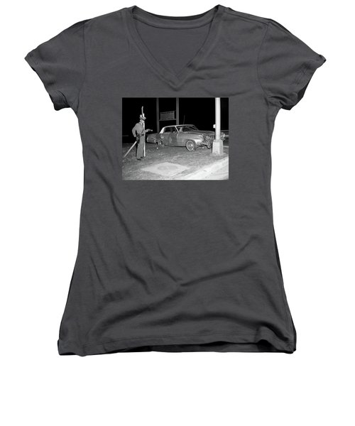 Nj Police Officer Women's V-Neck T-Shirt (Junior Cut) by Paul Seymour