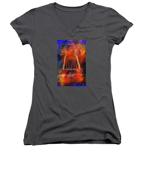 No Exit Women's V-Neck T-Shirt