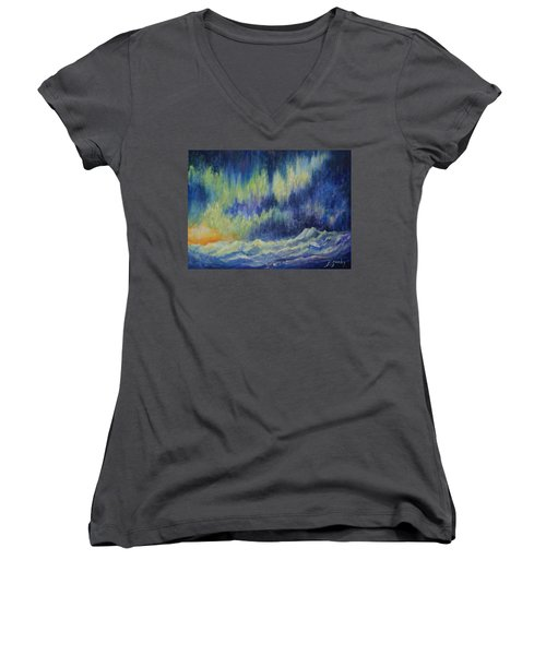 Northern Experience Women's V-Neck