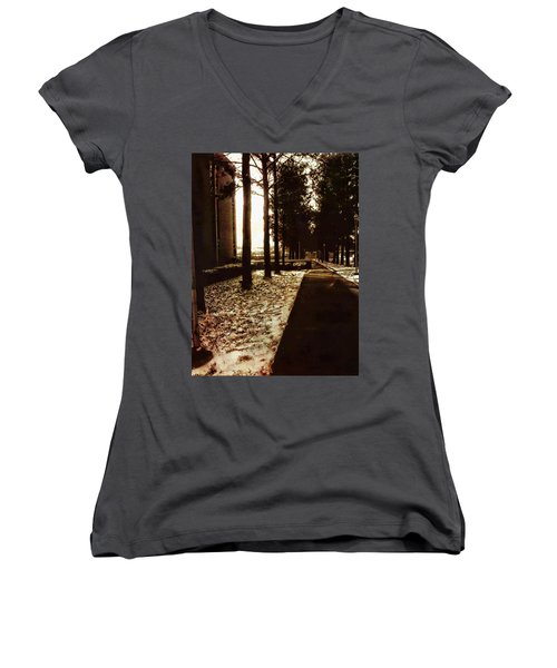 Northwest Passage Women's V-Neck