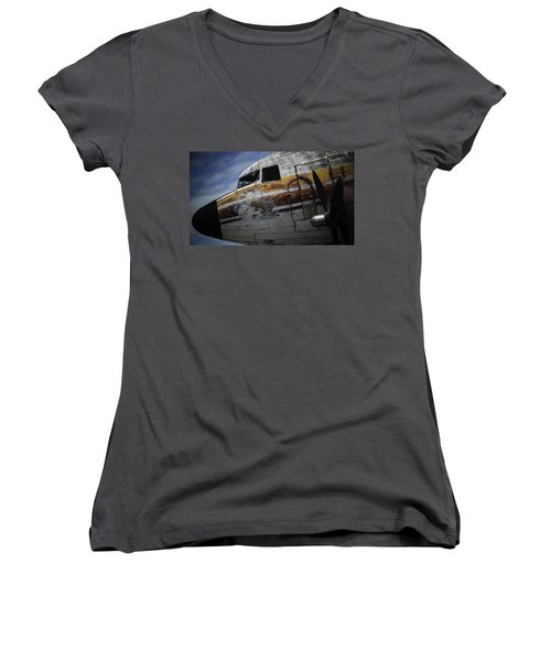 Nose Art Women's V-Neck T-Shirt