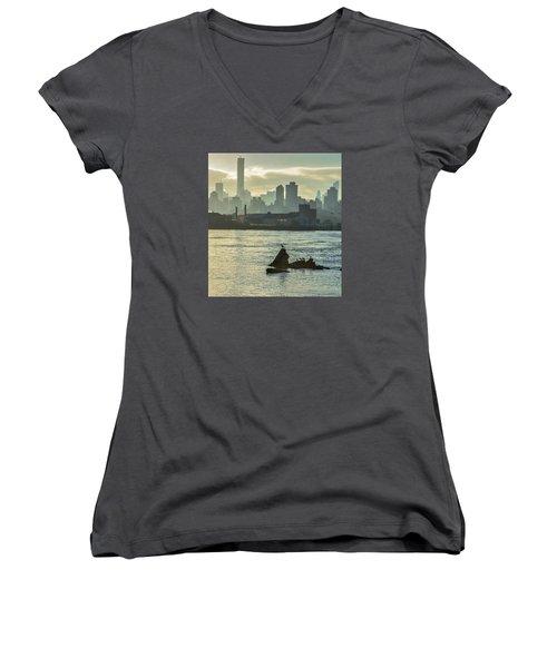 Nyc Skiline Women's V-Neck T-Shirt