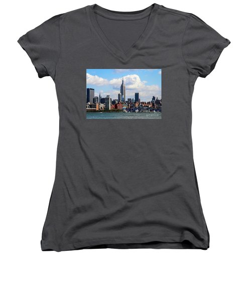 Nyc Westside Women's V-Neck (Athletic Fit)