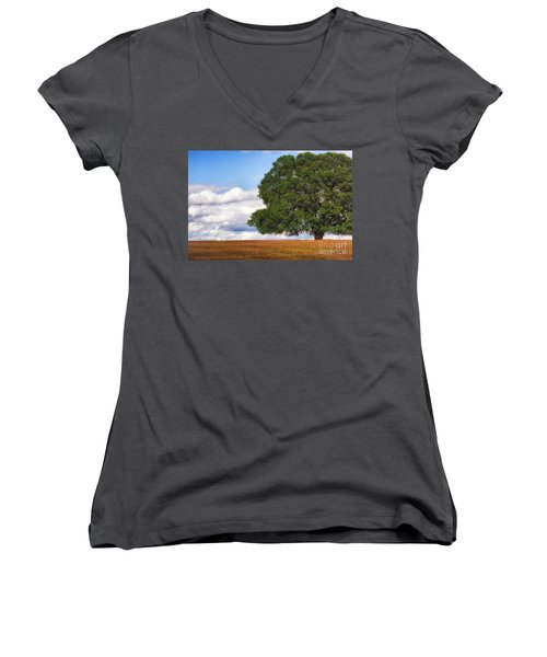 Oaktree Women's V-Neck (Athletic Fit)