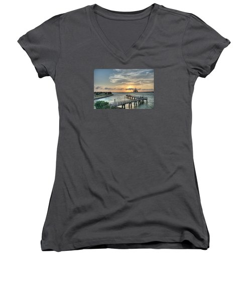 Oil Rig In Gulf Women's V-Neck (Athletic Fit)