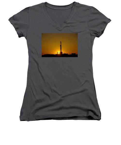Oil Rig Near Killdeer In The Morn Women's V-Neck T-Shirt (Junior Cut) by Jeff Swan