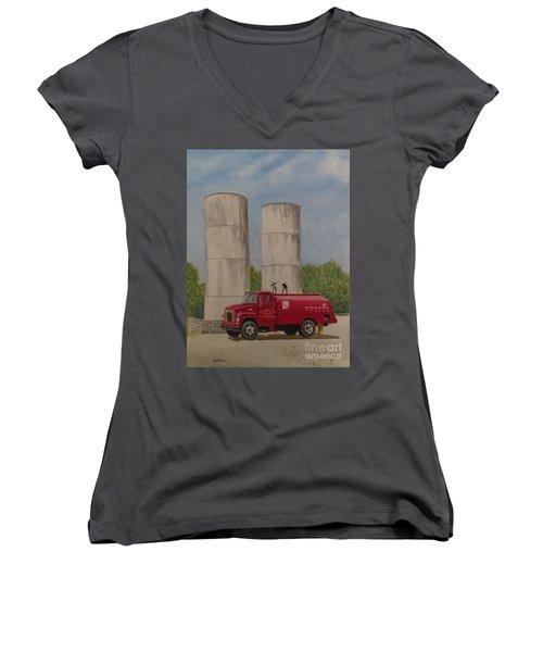 Oil Truck Women's V-Neck T-Shirt
