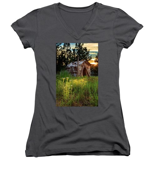 Old Cabin At Sunset Women's V-Neck T-Shirt (Junior Cut) by James Eddy