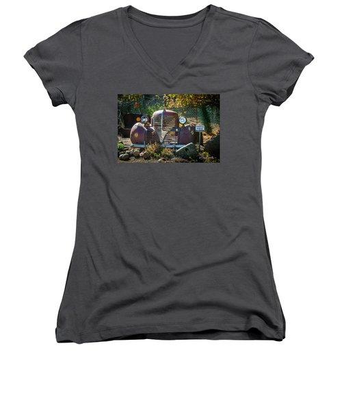 Old Dodge Rust Bucket Women's V-Neck T-Shirt