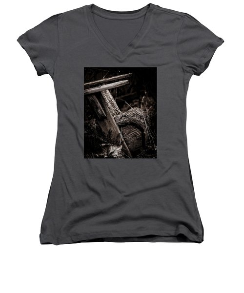 Old Garden Chair. Women's V-Neck T-Shirt