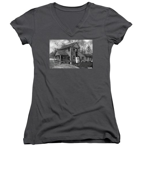 Old House  Women's V-Neck