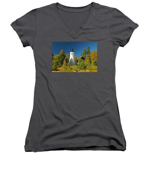 Old Presque Isle Lighthouse_9488 Women's V-Neck T-Shirt
