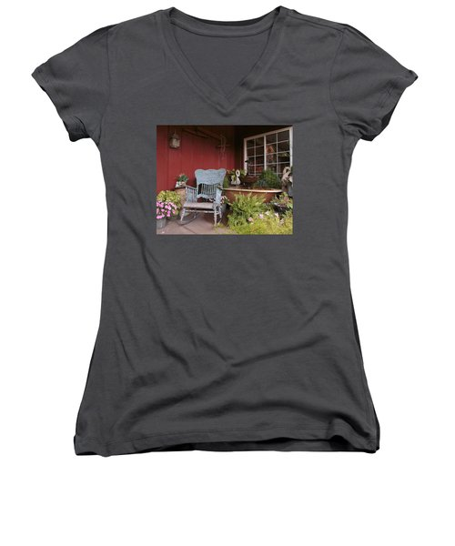 Old Rockin' Chair Women's V-Neck