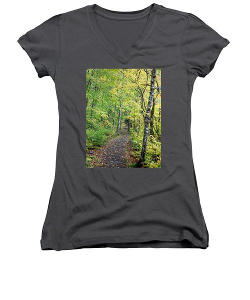 Old Rr Right-away Women's V-Neck (Athletic Fit)