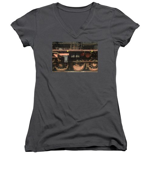 Old  Steam Train ...france Women's V-Neck T-Shirt