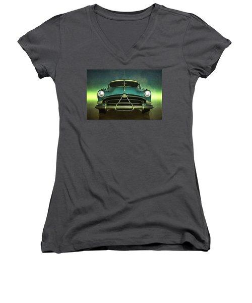 Old-timer Hudson Hornet Women's V-Neck T-Shirt