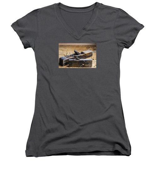 Old Wooden Planes Women's V-Neck T-Shirt