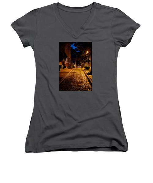Women's V-Neck T-Shirt (Junior Cut) featuring the photograph Olde Town Philly Alley by Mark Dodd