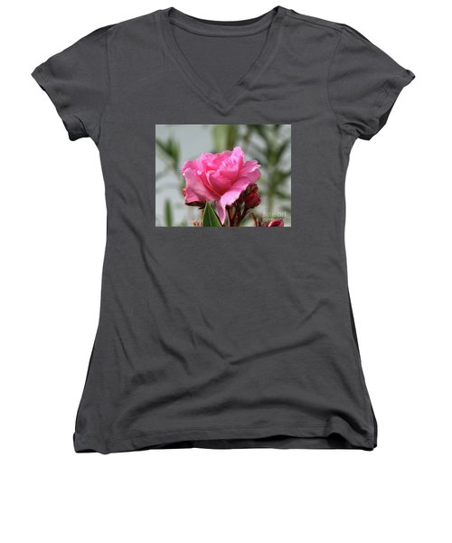 Oleander Splendens Giganteum 2 Women's V-Neck