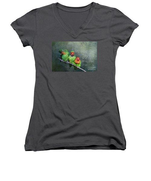 One,two,three... Women's V-Neck T-Shirt