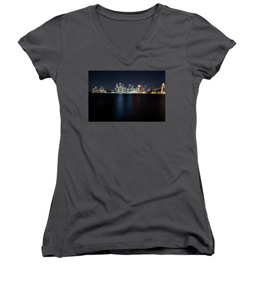 Harbour Streak Women's V-Neck (Athletic Fit)