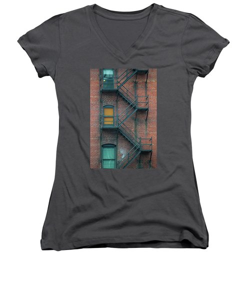 Orange Door Women's V-Neck
