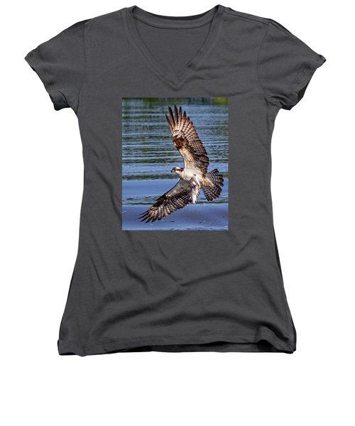 Women's V-Neck T-Shirt featuring the photograph Osprey Catch by Alan Raasch