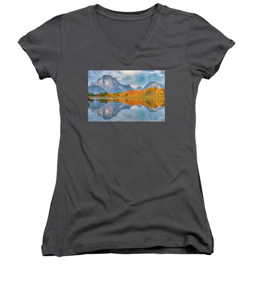 Oxbow's Autumn Women's V-Neck