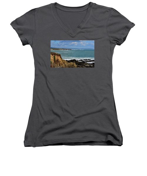 Pacific Coast View At Low Tide Women's V-Neck T-Shirt