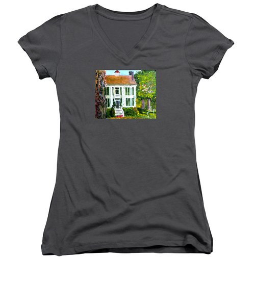 Palto Alto Plantation Up Close Women's V-Neck T-Shirt