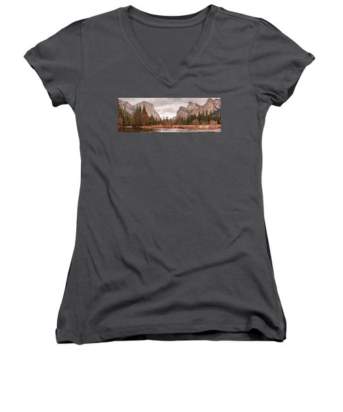 Panoramic View Of Yosemite Valley From Bridal Veils Falls Viewing Point - Sierra Nevada California Women's V-Neck
