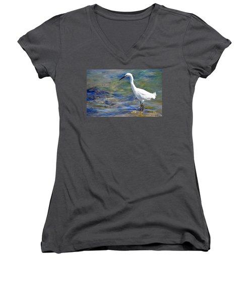 Women's V-Neck T-Shirt featuring the photograph Patient Egret by AJ Schibig
