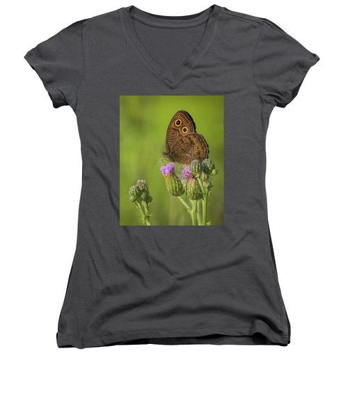 Women's V-Neck T-Shirt (Junior Cut) featuring the photograph Pauper's Throne by Bill Pevlor