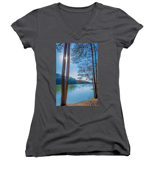 Peeping Sun Women's V-Neck